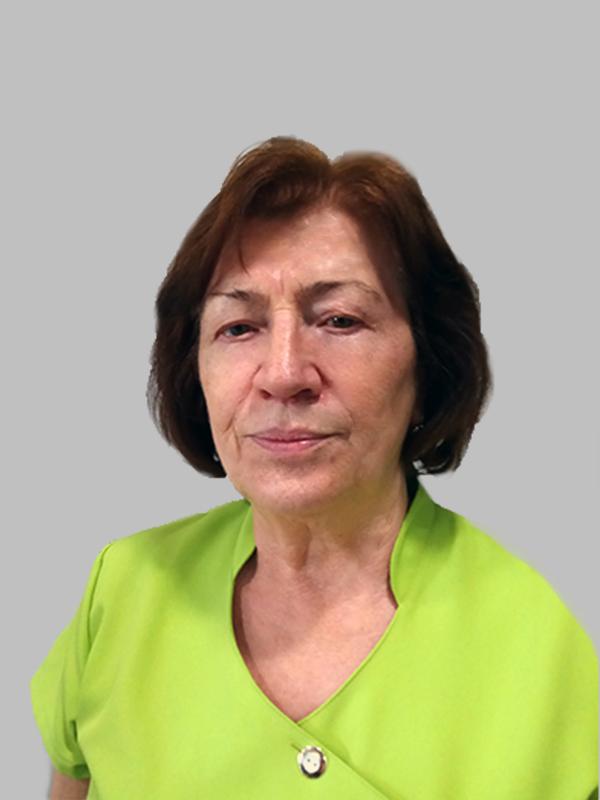 Dr. Ükös Mária